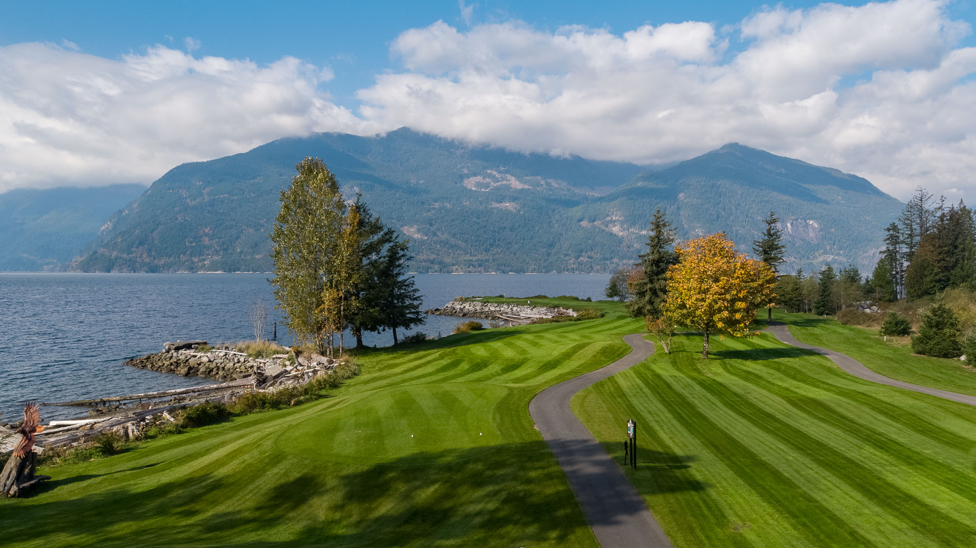GOLF TOURNAMENTS & GROUP OUTINGS